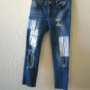 Litz denim patched distressed med wash straight